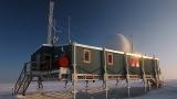해발 3216m 그린란드 빙상 정상에 사상 첫 비