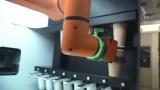 [영상+]로봇이 커피 제조부터 서빙까지.. '24시간 무인 로봇 카페'